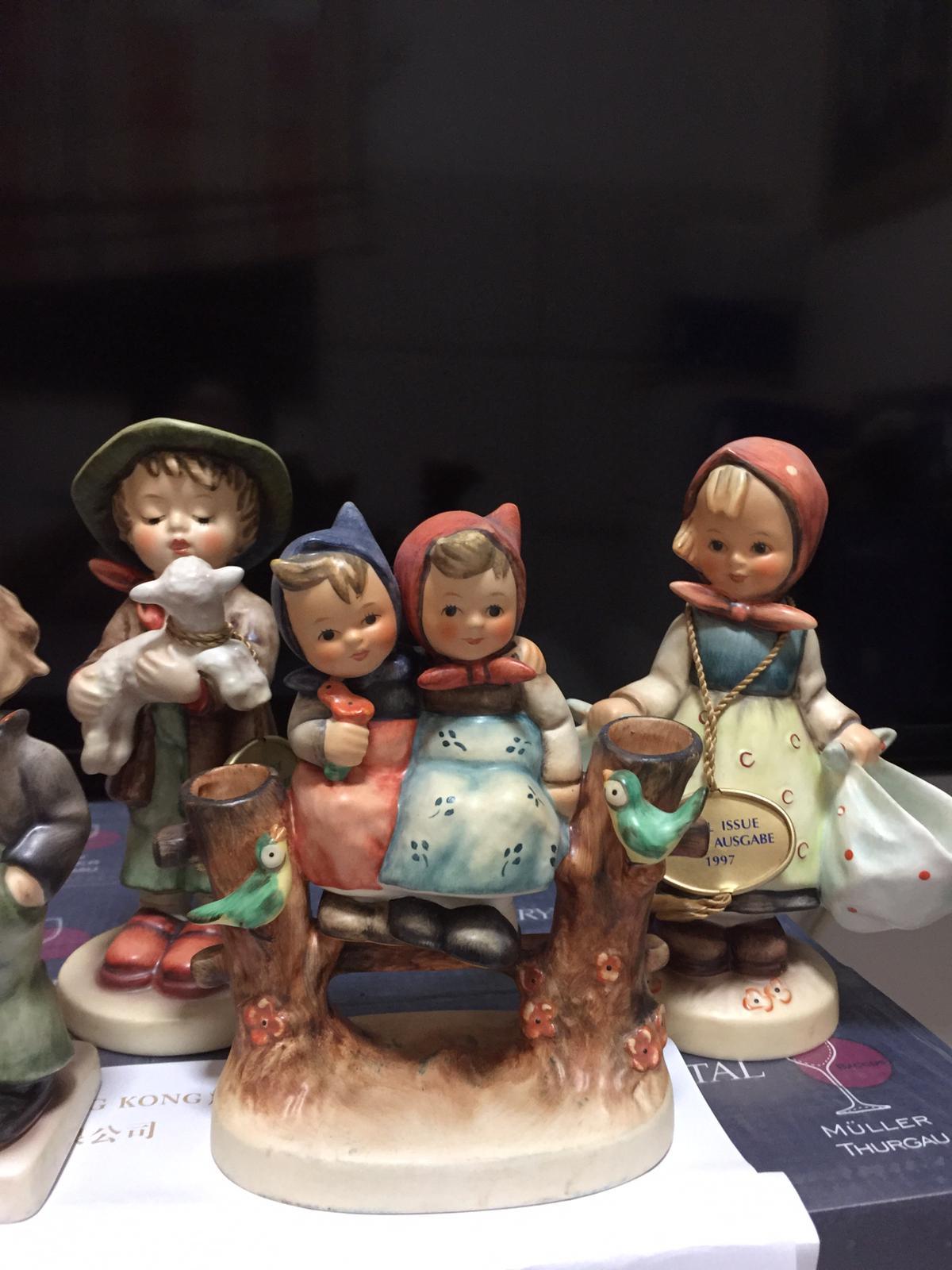 Goebel Limited Editions 德國高寶喜姆娃娃限量版